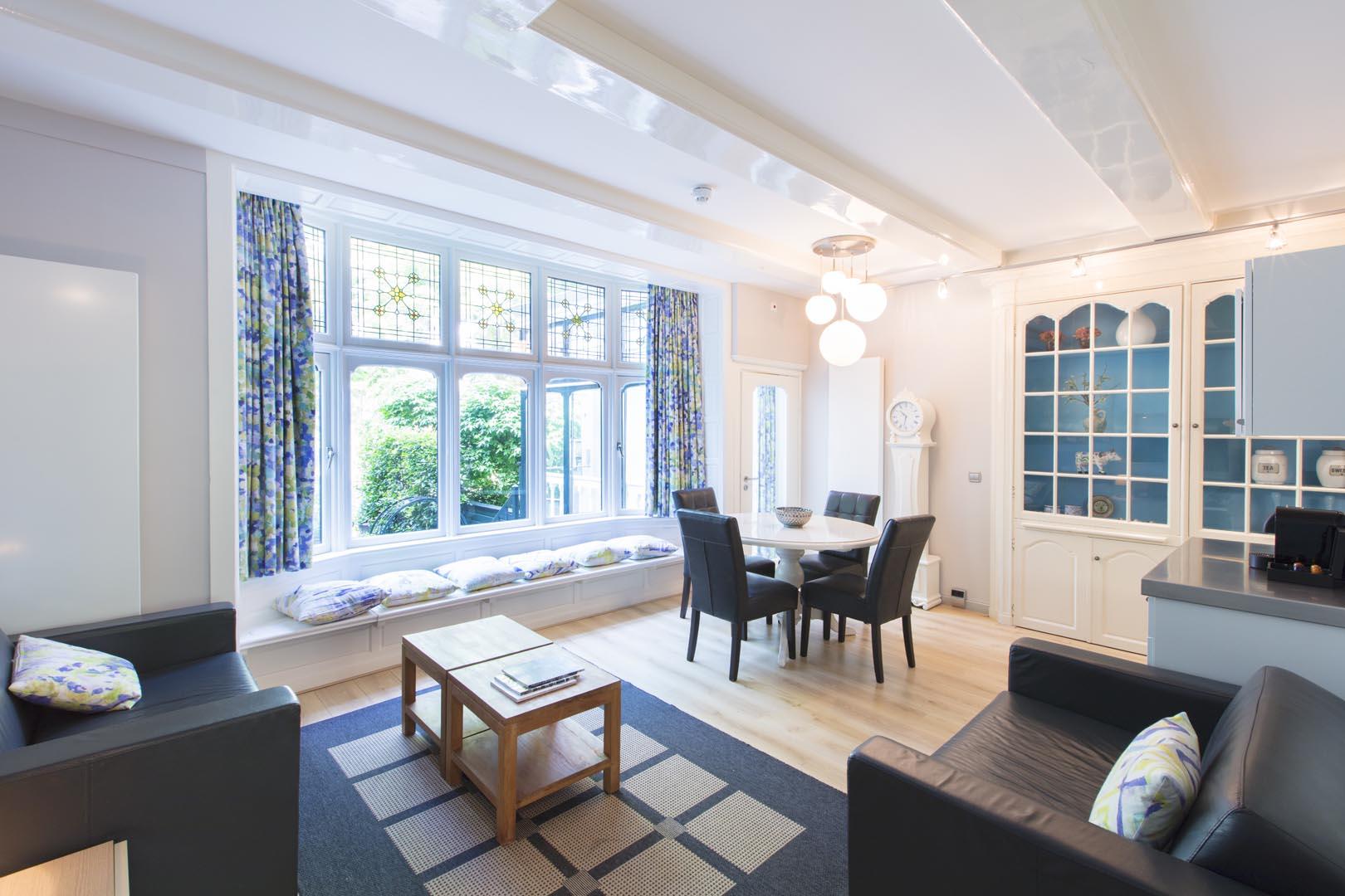2017-07-06 DMA-Vincent van Gogh-Livingroom-Michael van Oosten-HR (1)